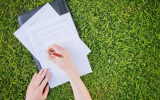 Документы, необходимые для приватизации земельного участка: перечень, разбор разных случаев