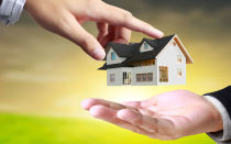 О возможности оформления квартиры на одного человека, а ипотеки на другого