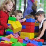 Прописка нужна, чтобы встать в очередь в детский сад по месту жительства;