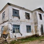 Плохое состояние недвижимости - причина отказа от наследства