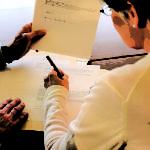 Подписание сторонами договора дарения