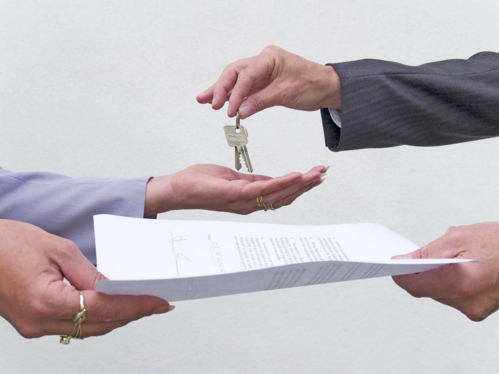 Как сдать квартиру на длительный срок от хозяина без посредников