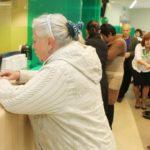 Уведомить банковских служащих о том, что решено закрыть ипотеку в Сбербанке