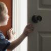 О возможности выписки ребенка из квартиры в никуда