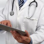 С регистрацией человек без проблем сможет обратиться за медицинской помощью