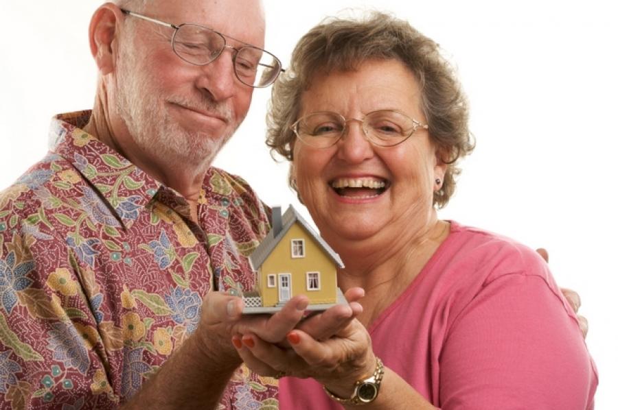 Может ли пенсионер получить налоговый вычет, осуществляющийся при покупке квартиры в 2018 году