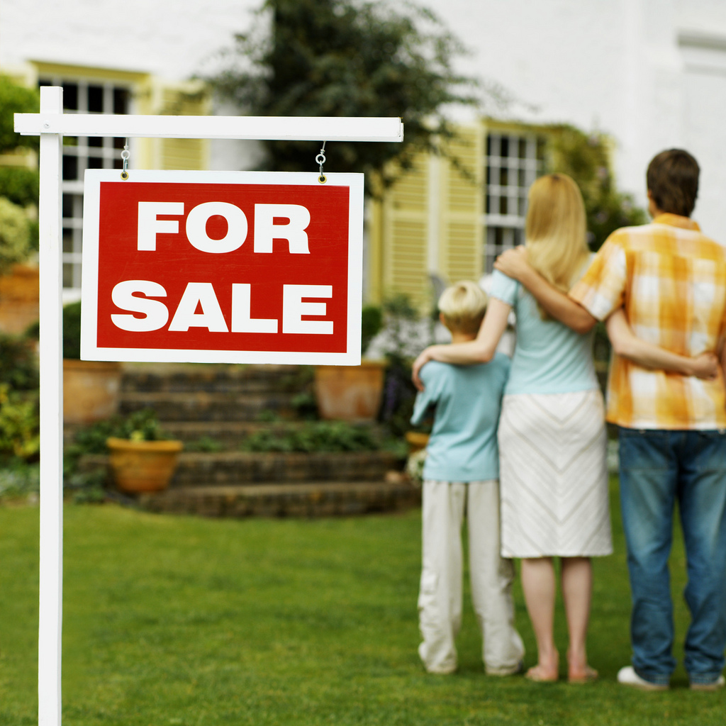 Выписка из квартиры при продаже квартиры