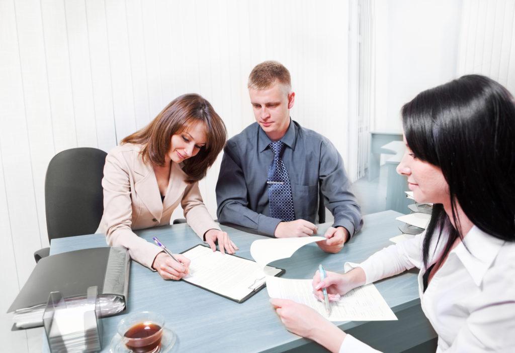 Договор дарения: как правильно оформить