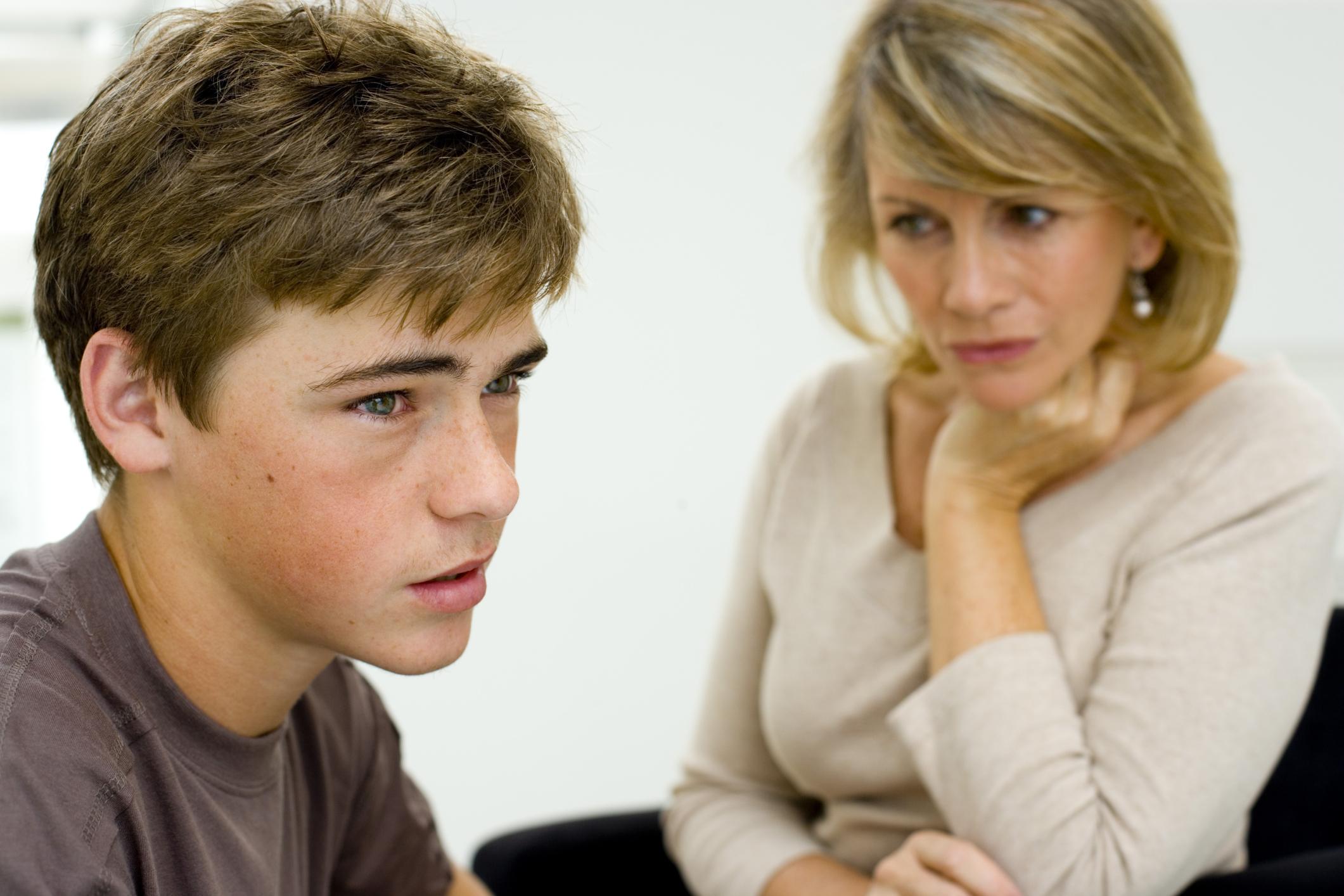 Может ли мать выписать сына из квартиры без его согласия