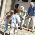 Переход наследства от дедушки, бабушки к внукам