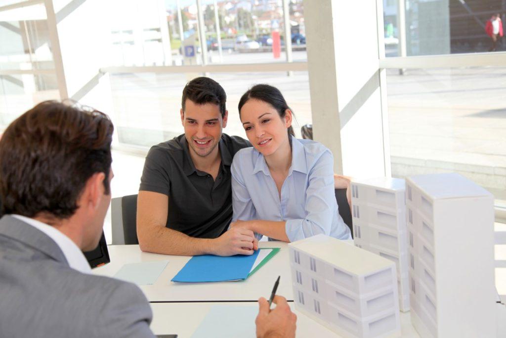 Как оформить куплю-продажу дома