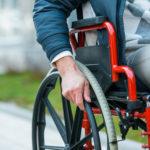 Инвалиды могут рассчитывать на часть наследство даже без завещания