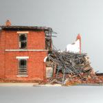 Получение помощи возможно при проживании в жилье, признанном аварийным
