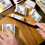 Взять часть денежных обременений на себя