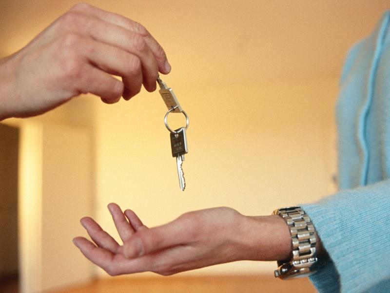 Как правильно продать квартиру, чтобы не обманули