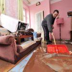 Убрать следы залития квартиры